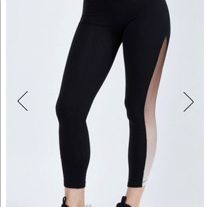 Beyond Yoga ommmbre mesh high waisted midi legging